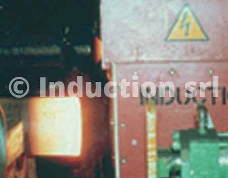 Induction heating plants for hot pipe forming