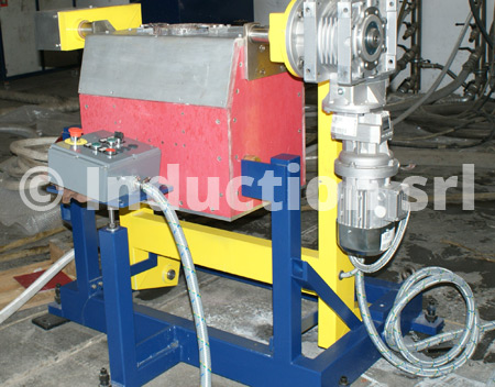 Induction Induction melting furnace with electric tiltingfurnace with electrical tilting