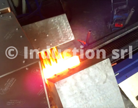 Metals hot forging by inducton heating