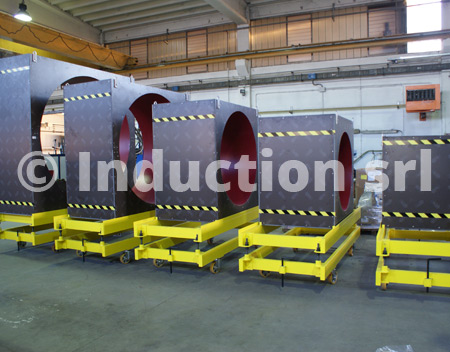 Set of coils for tubes industry