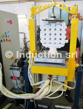 "Induction melting furnace ""Roll-over"""